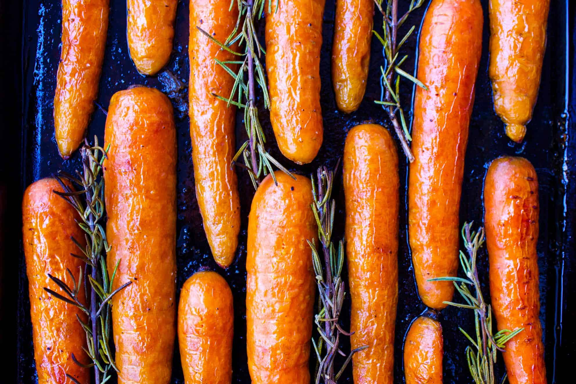 Roasted Maple Rosemary Carrots (vegan + gf)